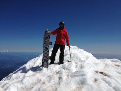 E350 team snowboarding